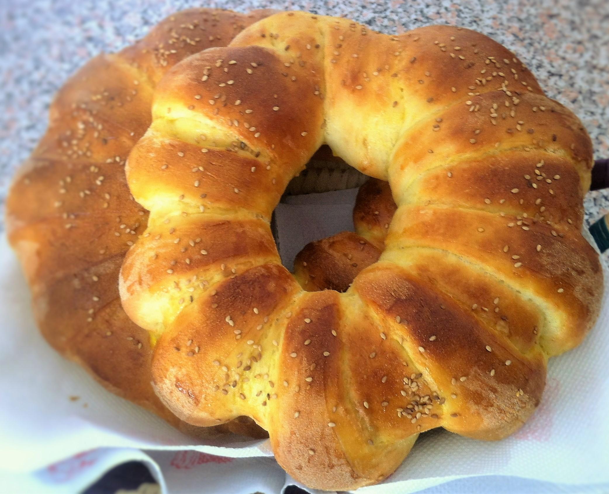 Couronne de pain la semoule la f e soni for Gazelle cuisine hors serie